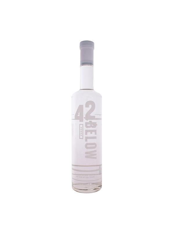 VODKA 42 BELOW 0,70 L. - Vodka